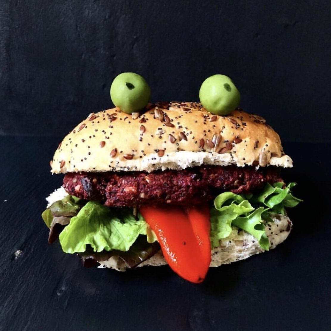 Beetroot-burger-pnster